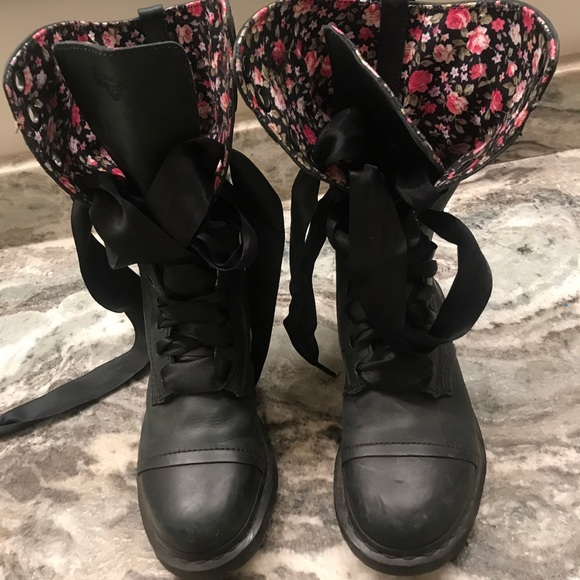 Black Combat Boots With Floral Interior 2